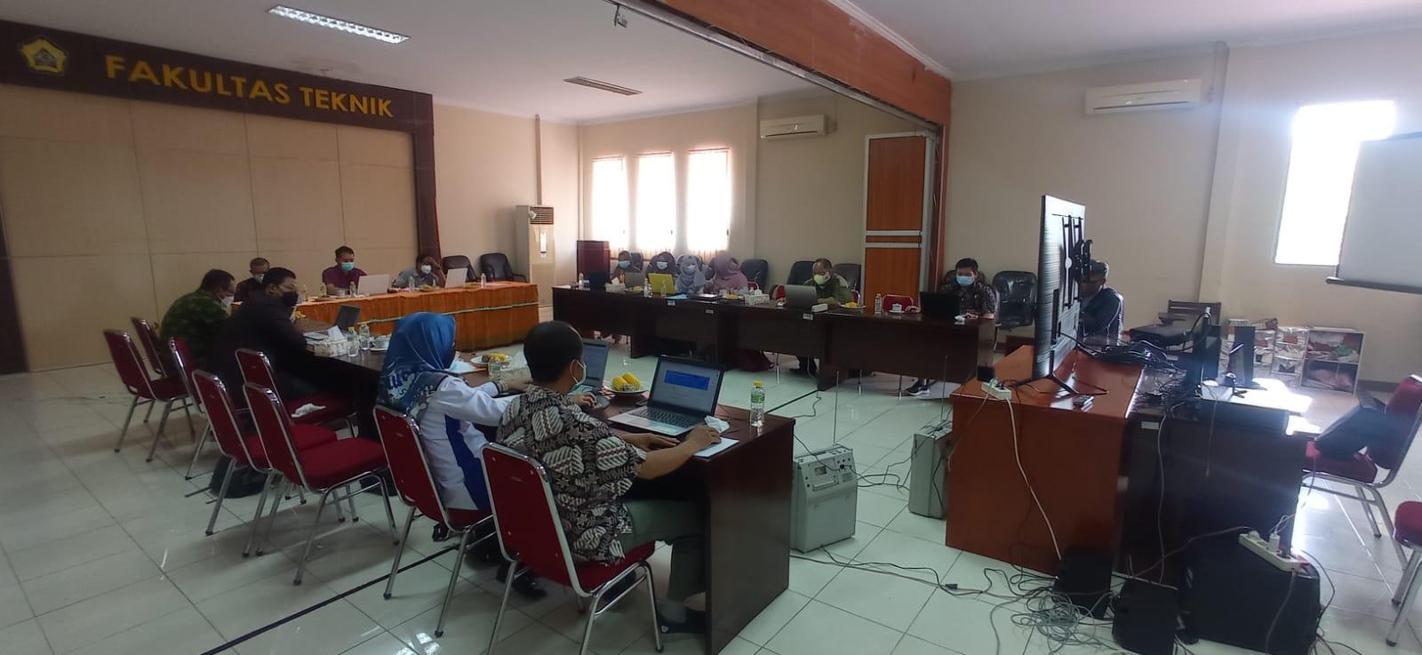 Rapat Tinjauan Manajemen Fakultas Teknik UNIB Tahun 2021